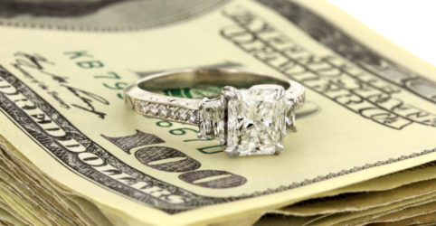 How much of my salary should I spend on an engagement ring?