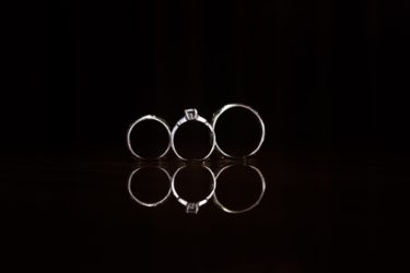 Things I learned buying a ring for my finance: What kinds of rings are men buying these days?